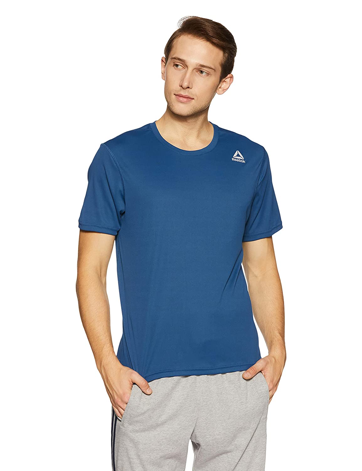 2a6138aa Reebok Men's Solid Regular Fit T-Shirt