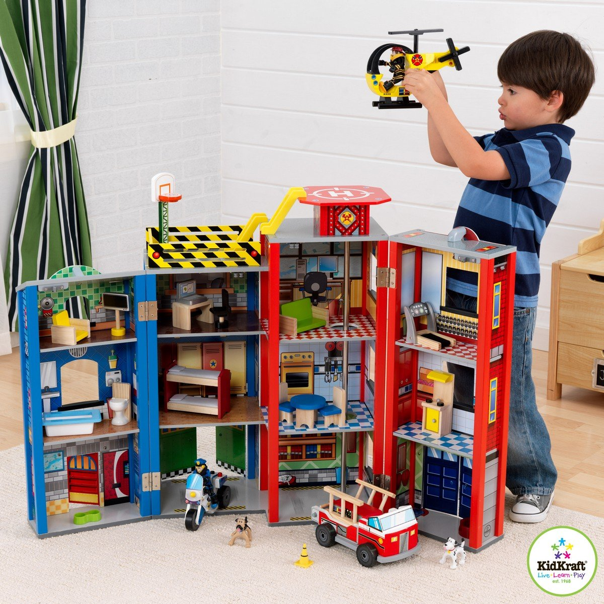 Everyday Heroes Play Set 63239 by KidKraft