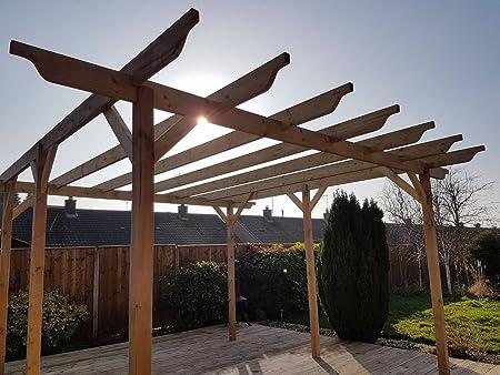 Estructura de madera jardín pérgola 2, 4 m x 2, 4 m – 4 puestos – Luz Verde – esculpido vigas – hecho a mano Arbour de madera tratada a presión: Amazon.es: Jardín