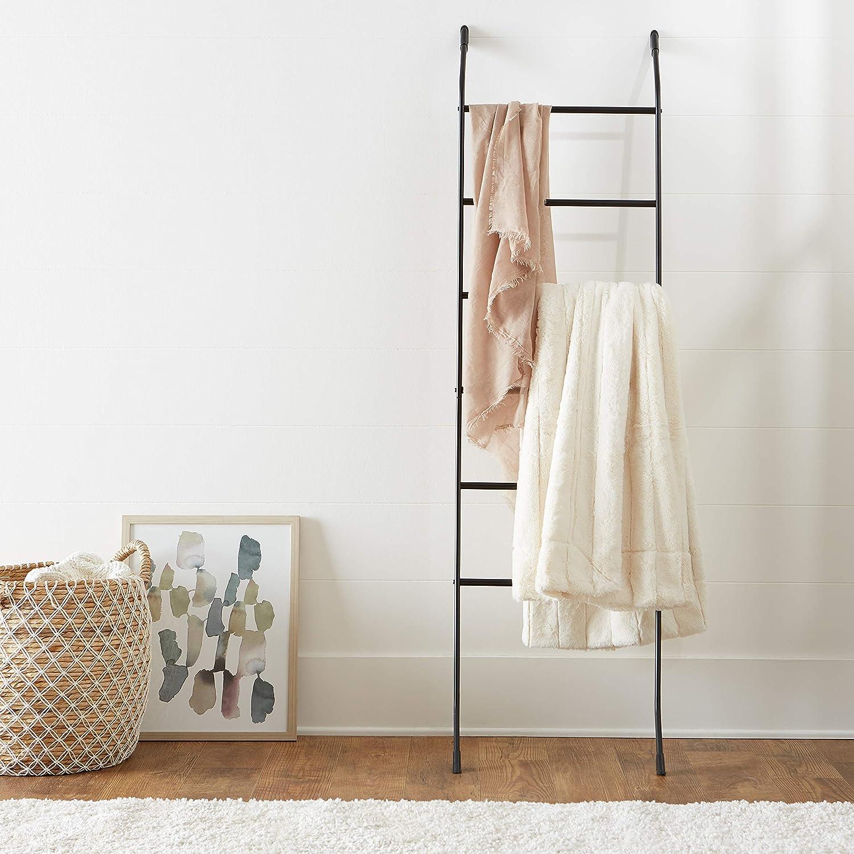 Basics Perchero inclinado estilo escalera para mantas o toallas