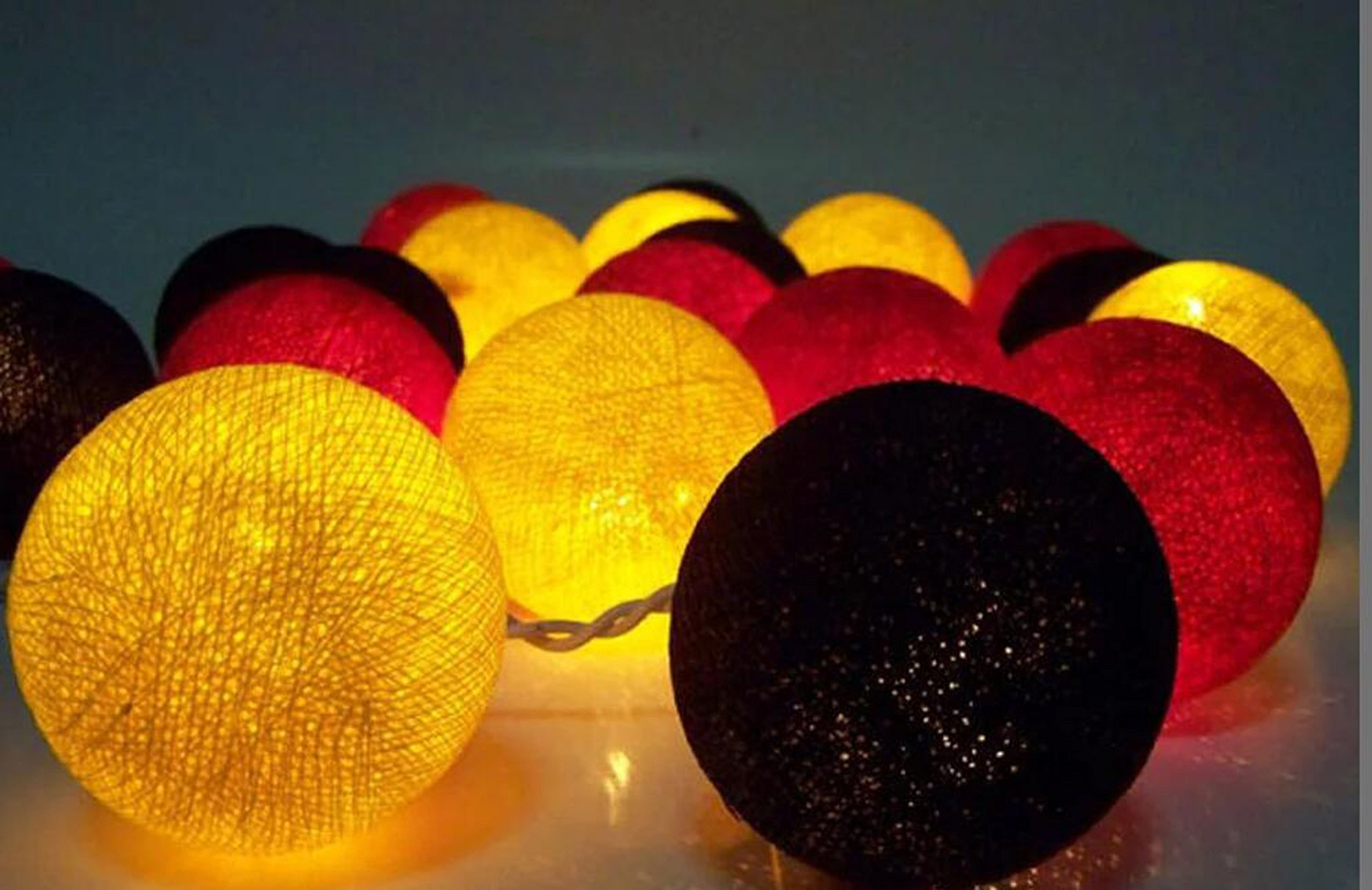 2.5m 20 LED Mickey Mouse Color Party Supplies Yellow Black Red Cotton Balls String Lights Battery Operated Christmas LED Garland Party Decorative Lamp for Bedroom Wedding Decor Kids Room Decor