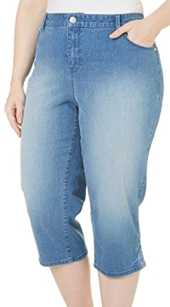 1cd376df3d1 Gloria Vanderbilt Plus Size Plus Capri Denim Pants at Amazon Women s ...