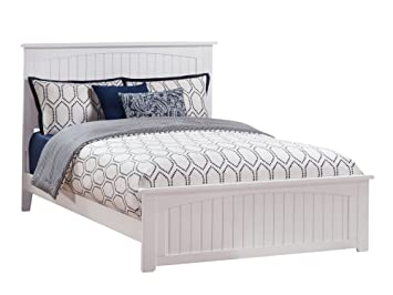 Atlantic Furniture Ar8246032 Nantucket Traditional Bed With Matching Foot Board Queen White