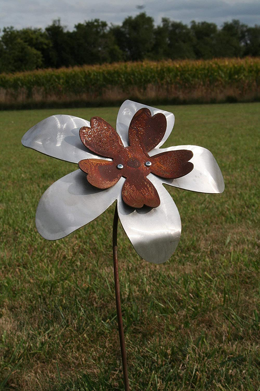Large Two-Tone Metal Flower Garden Stake