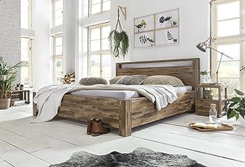 Woodkings Holzbett 180x200 Havelock Doppelbett recycelte Pinie Holz  rustikal Schlafzimmer Massivholz Design Ehebett Balkenbett Massive  Naturmöbel ...