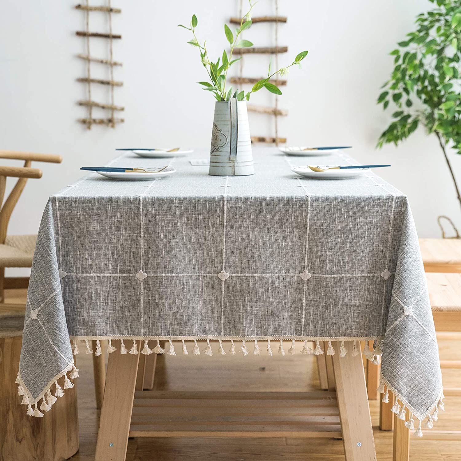"Oubonun Rustic Lattice Tablecloth (55""x70"") Cotton Linen Grey Rectangle Table Cloths for Kitchen Dining: Kitchen & Dining"