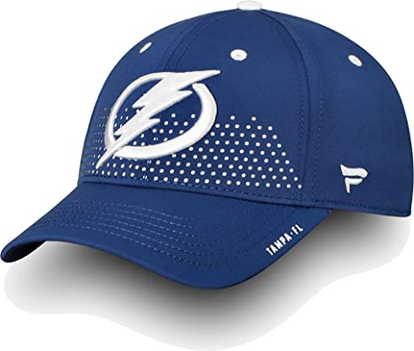 a056519a6ff Image Unavailable. Image not available for. Color  Football Fanatics NHL  Men s Tampa Bay Lightning ...