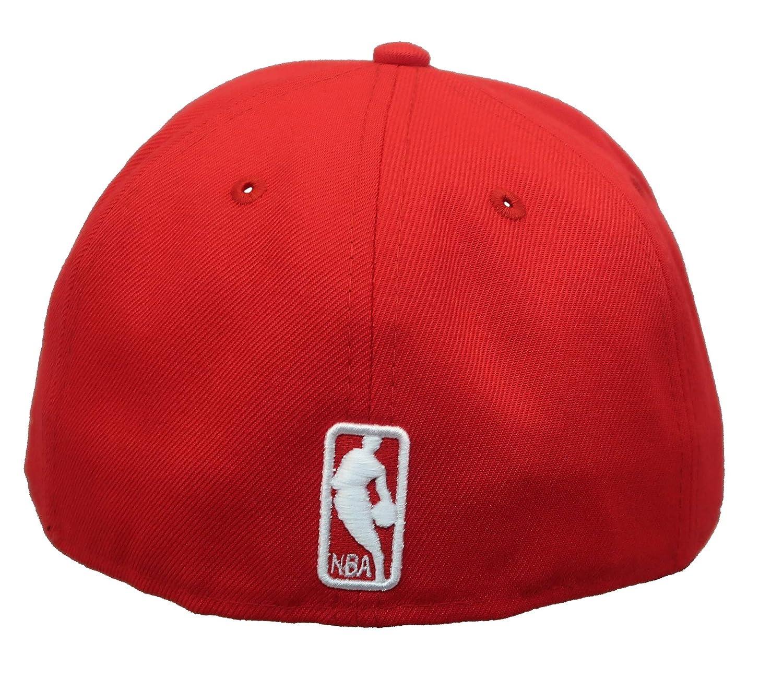 d3236b0a Amazon.com: New Era Chicago Bulls NBA Metal Thread 59FIFTY Cap: Clothing