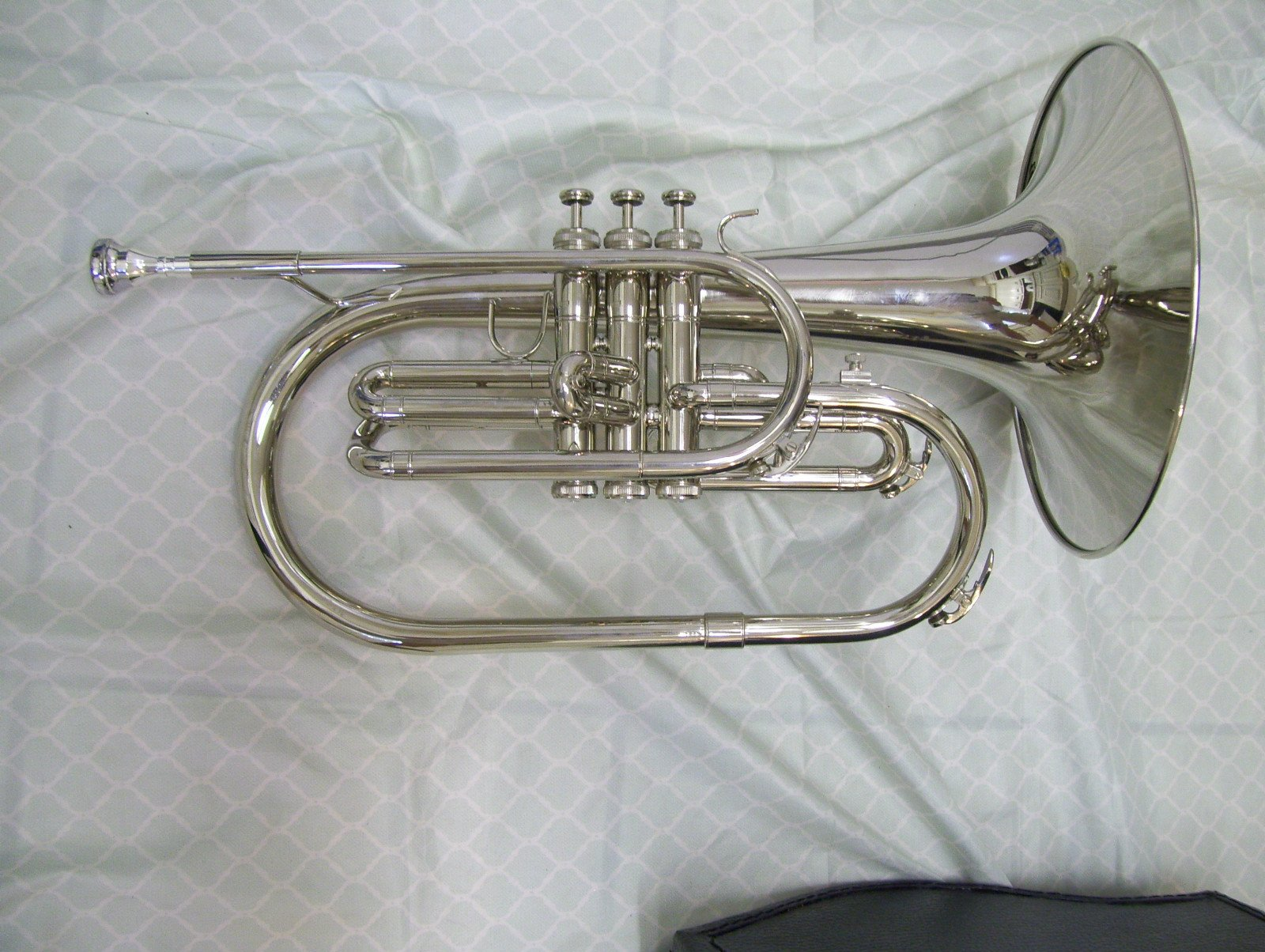 Mellophone with case and mouthpiece, Silver