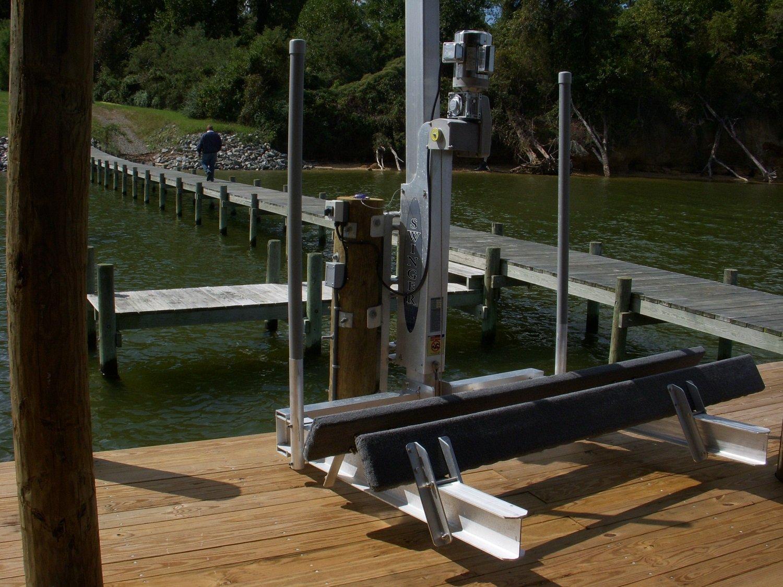 Amazon com : Swinger 1500 Direct Drive PWC Lift : Sports