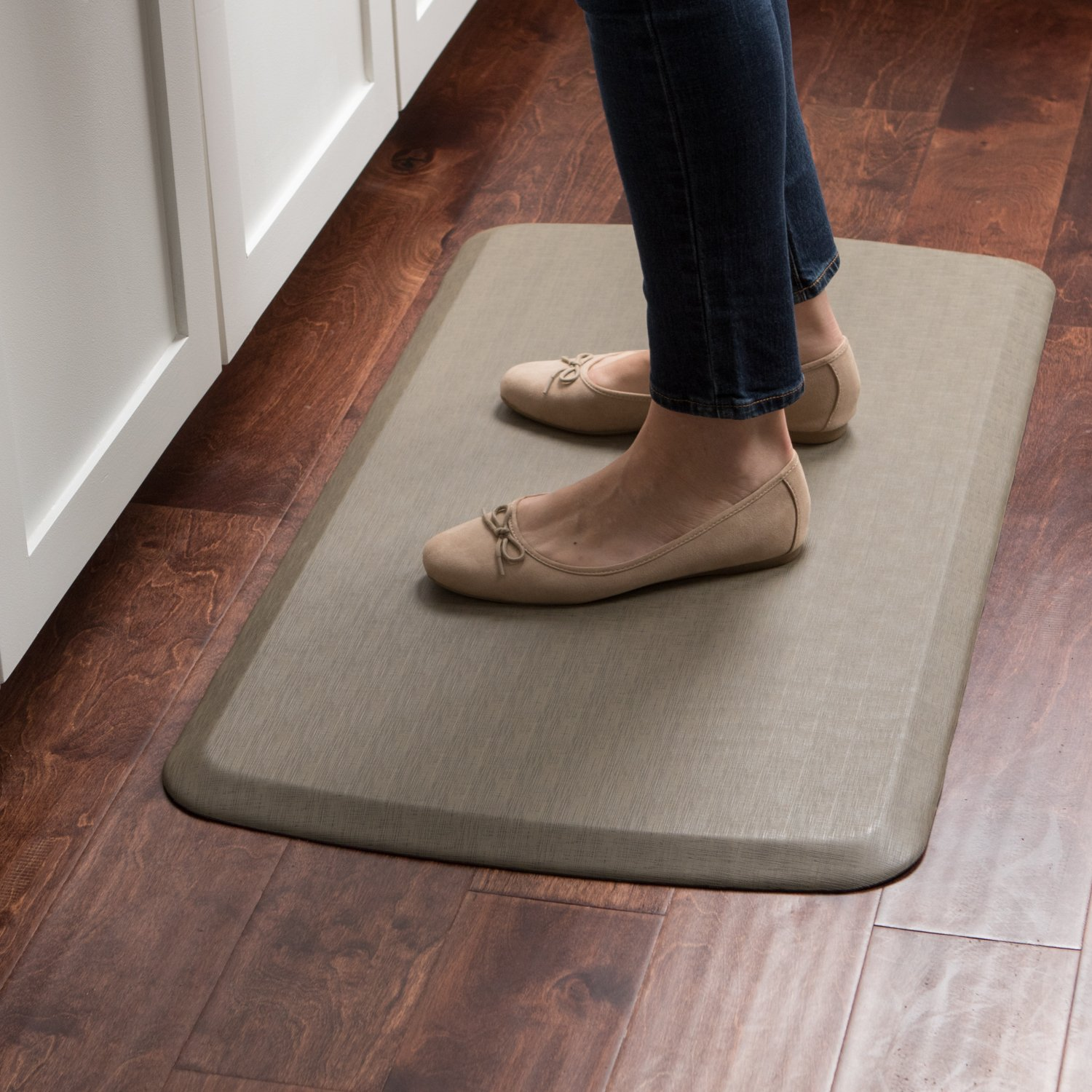 "GelPro Elite Premier Anti-Fatigue Kitchen Comfort Floor Mat, 20x36"", Vintage Leather Sherry Stain Resistant Surface with therapeutic gel and energy-return foam for health & wellness by GelPro (Image #6)"
