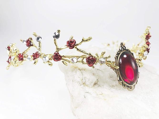 fd53cfbd964 Amazon.com: Golden Circlet Wedding Tiara with Golden Twigs, Queen ...