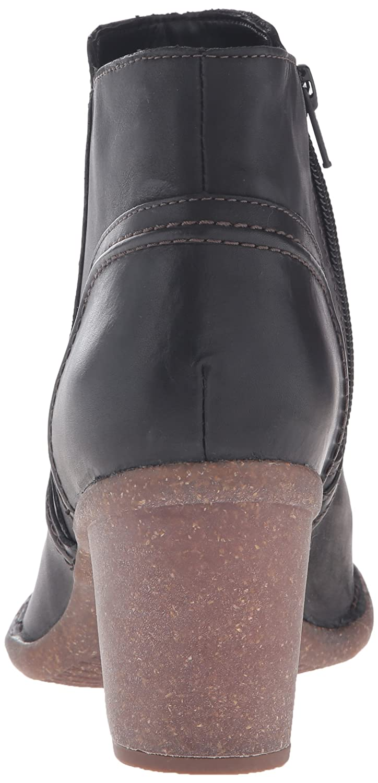 CLARKS Women's Carleta Paris Boot B0195SO5GW 7 B(M) US|Black Leather