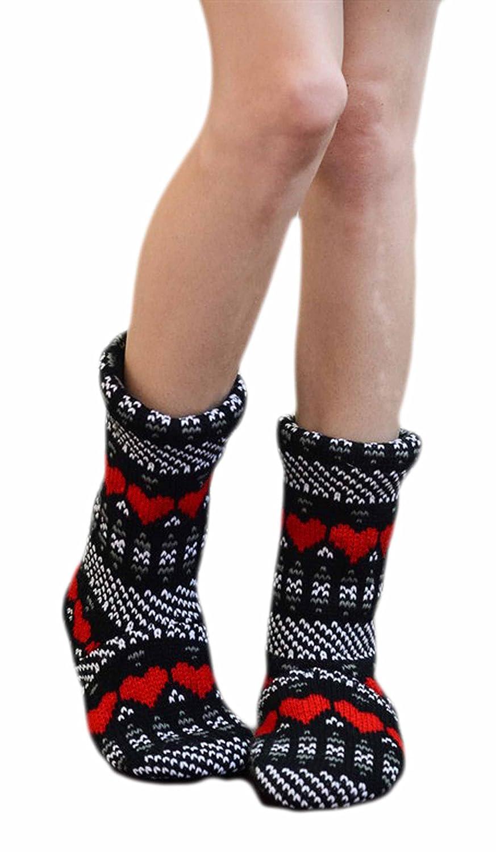 BOT16 Marilyn /& Main Womens Fleece Cable Knit Rain Boot Liner Slipper Socks Heart Print Black
