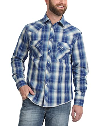 f92be394c1 Wrangler Men s Western Fashion Two Pocket Long Sleeve Snap Shirt at ...