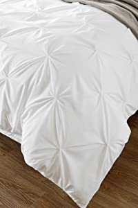 Kotton Culture Pinch Pleated Duvet Cover with Zipper & Corner Ties 100% Egyptian Cotton 600 Thread Count Luxurious & Hypoallergenic Pintuck Decorative (California King/King, White)