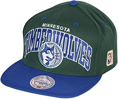 Mitchell & Ness Gorras Milwaukee Bucks Team Arch Black/Green ...