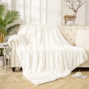 VaryCarry Warm Shaggy Sherpa Blankets Fluffy Soft Fuzzy Faux Fur Throw Blanket for Xmas Couch Sofa Photo Home Decor Cream White Bed Throw Size