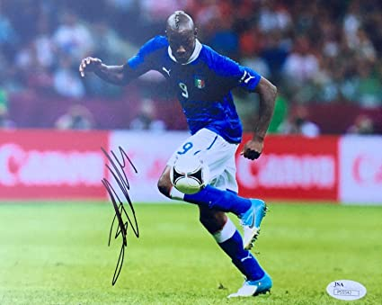 new product 83bf7 c9148 Autographed Mario Balotelli Photograph - Italy National Team ...