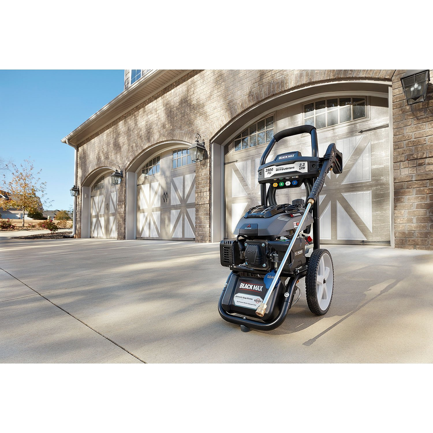 Amazon.com : Black Max 2800 PSI / 2.3 GPM Gas Pressure Washer (Powered by  Mitsubishi 173cc) : Garden & Outdoor