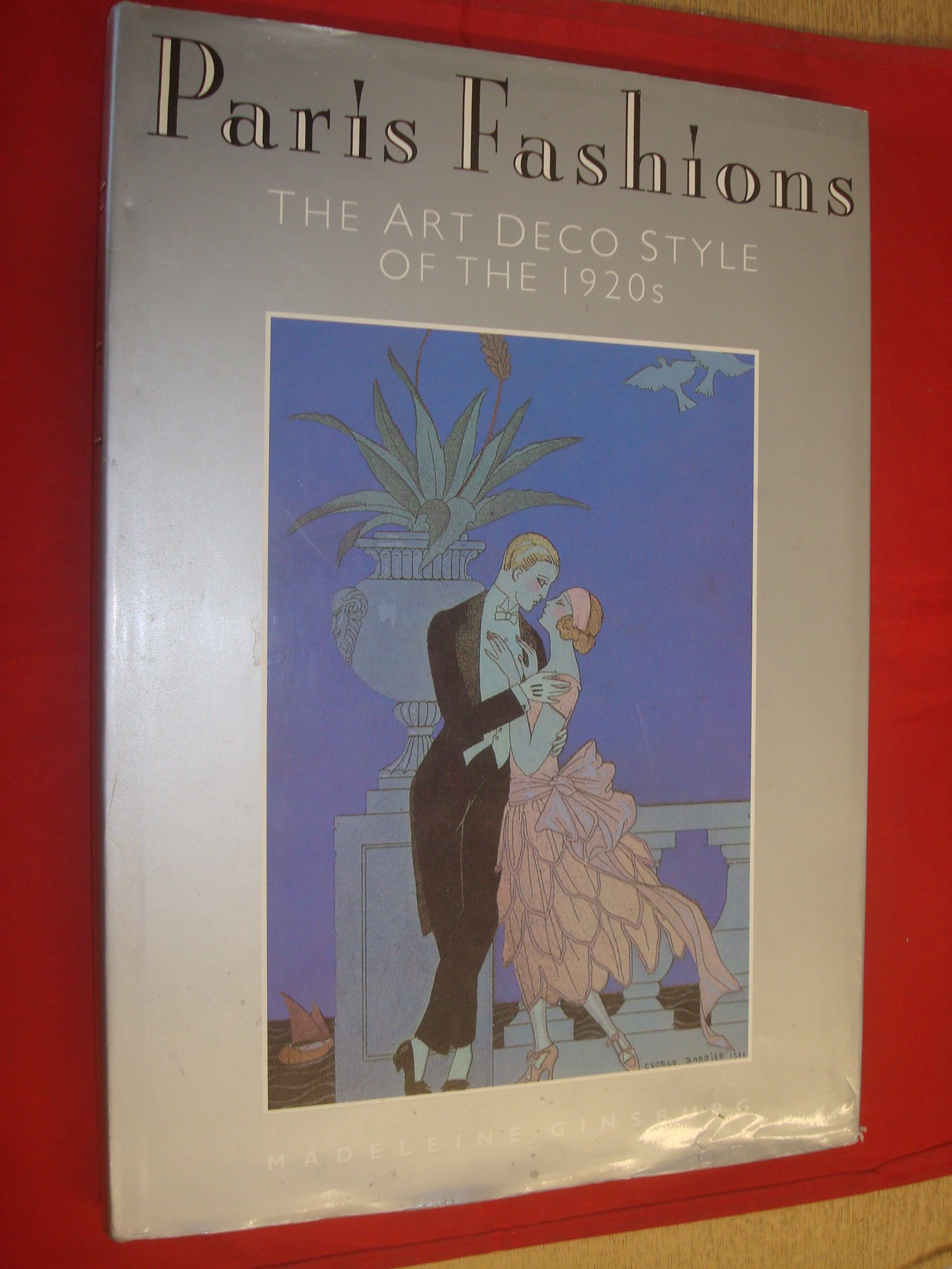 Paris Fashions Art Deco Styles Of The 1920 S Ginsburg Madeleine 9781851702794 Amazon Com Books