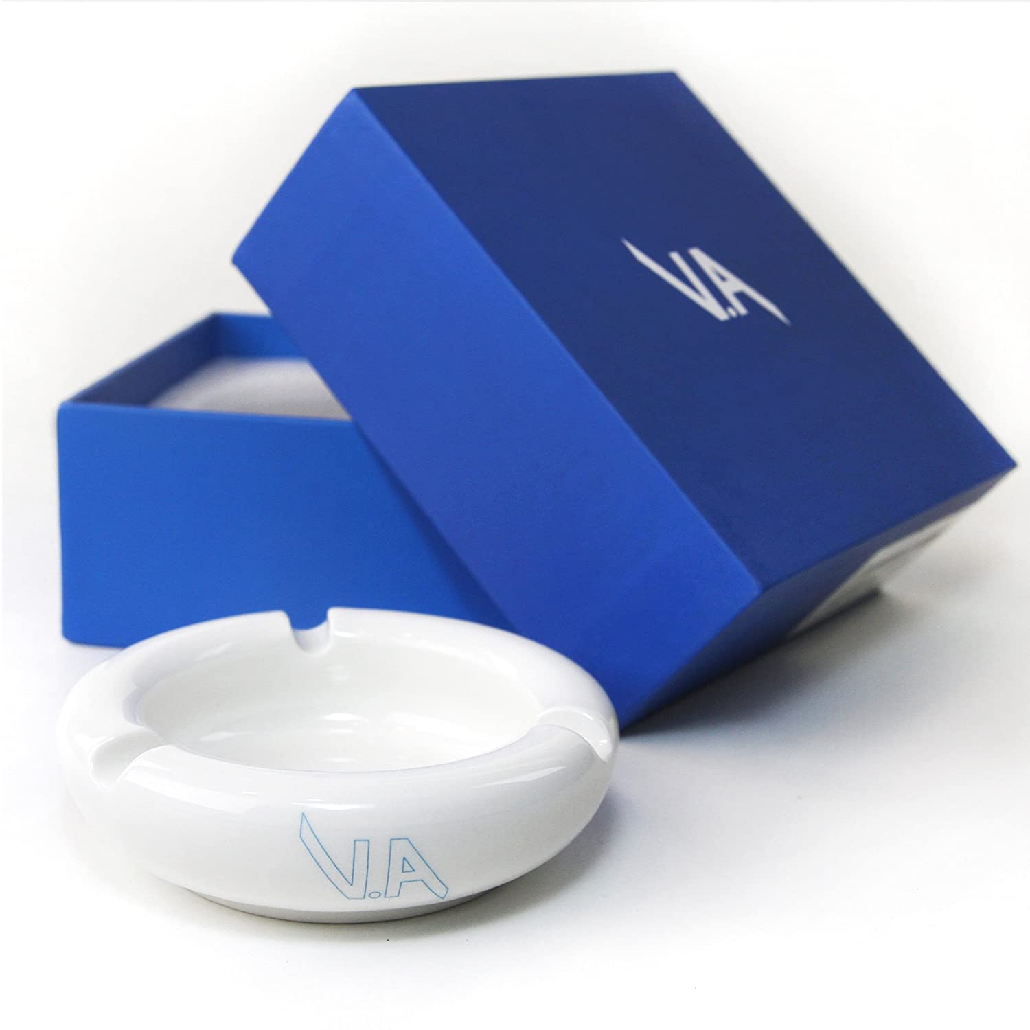 White Ceramic Ashtray with glossy finish for smoking outdoors and indoors for men and women