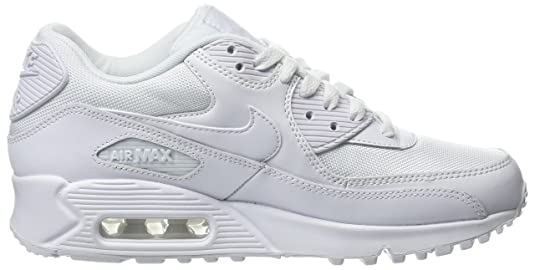outlet store 63eaa ebc59 Amazon.com   Nike Men s Air Max 90 Essential Low-Top Sneakers   Road Running