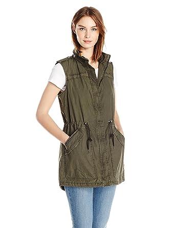 f67dd4a0788c5 Amazon.com: Levi's Women's Light Weight Cotton Fishtail Vest: Clothing