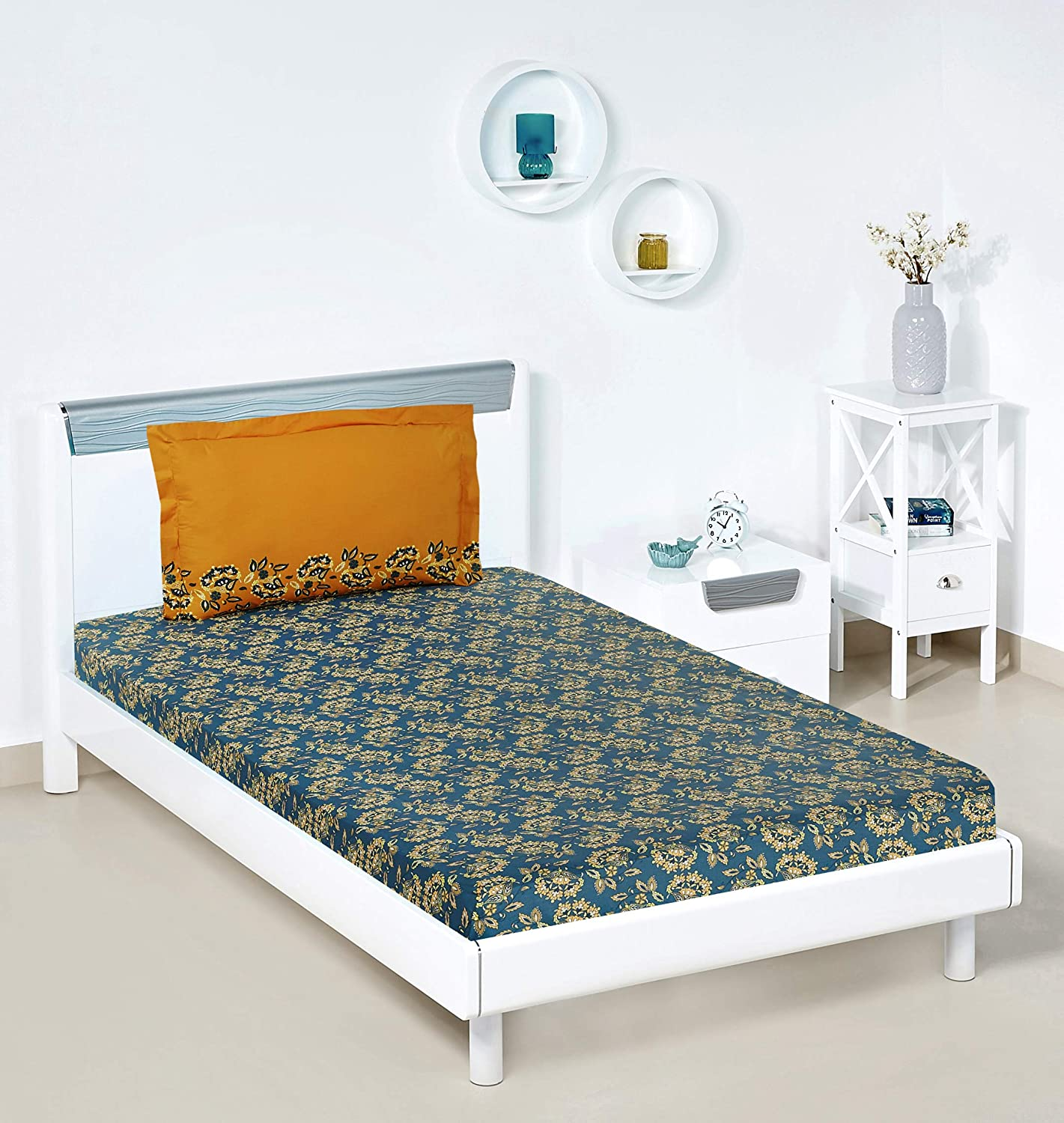 f53199f586 Amazon Brand - Solimo Ditsy Dale 144 TC 100% Cotton Single Bedsheet with 1  Pillow Covers, Blue: Amazon.in: Home & Kitchen