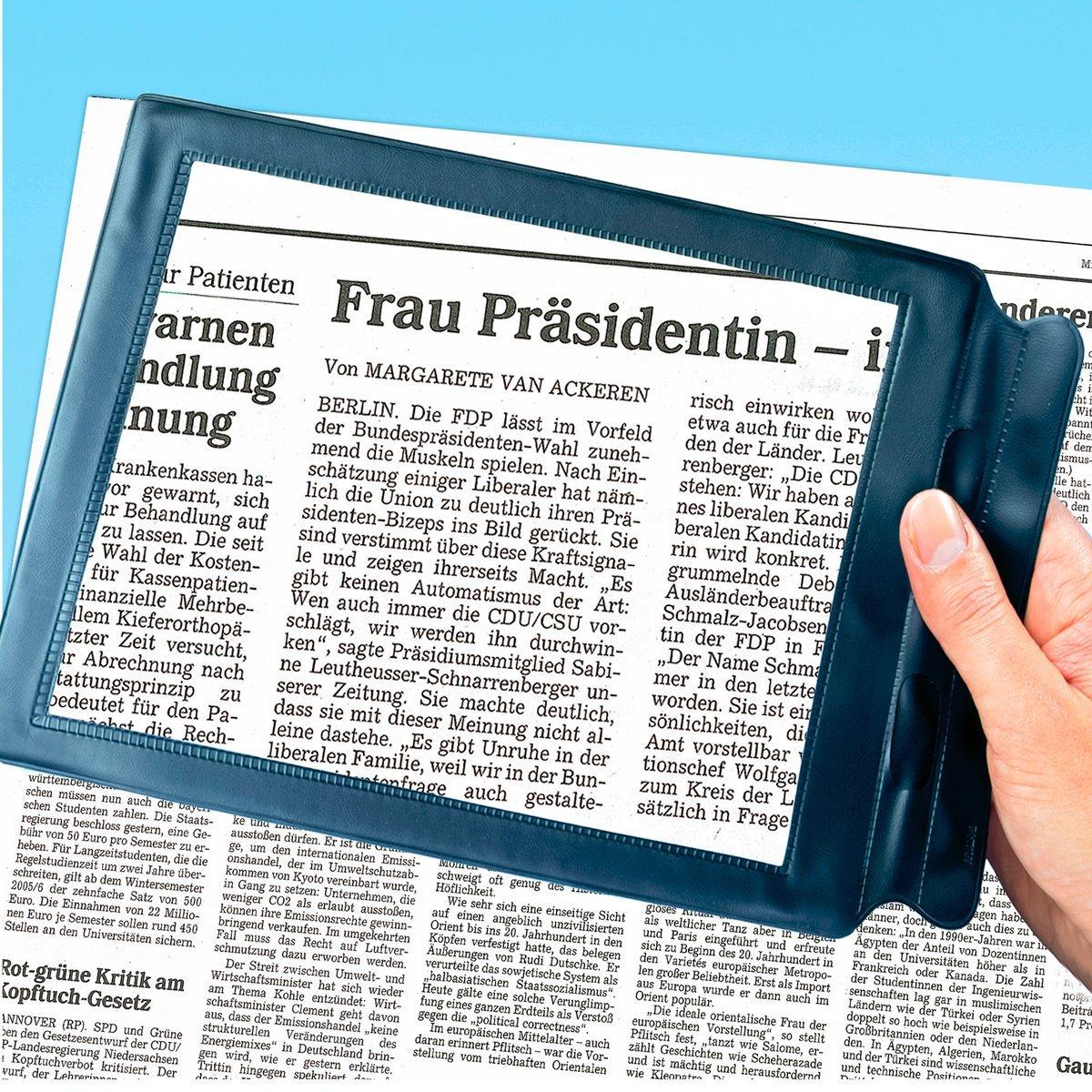 TRI Lese-Lupe 300/% Vergrößerungsglas Seniorenlupe Lesehilfe Handlupe Tischlupe