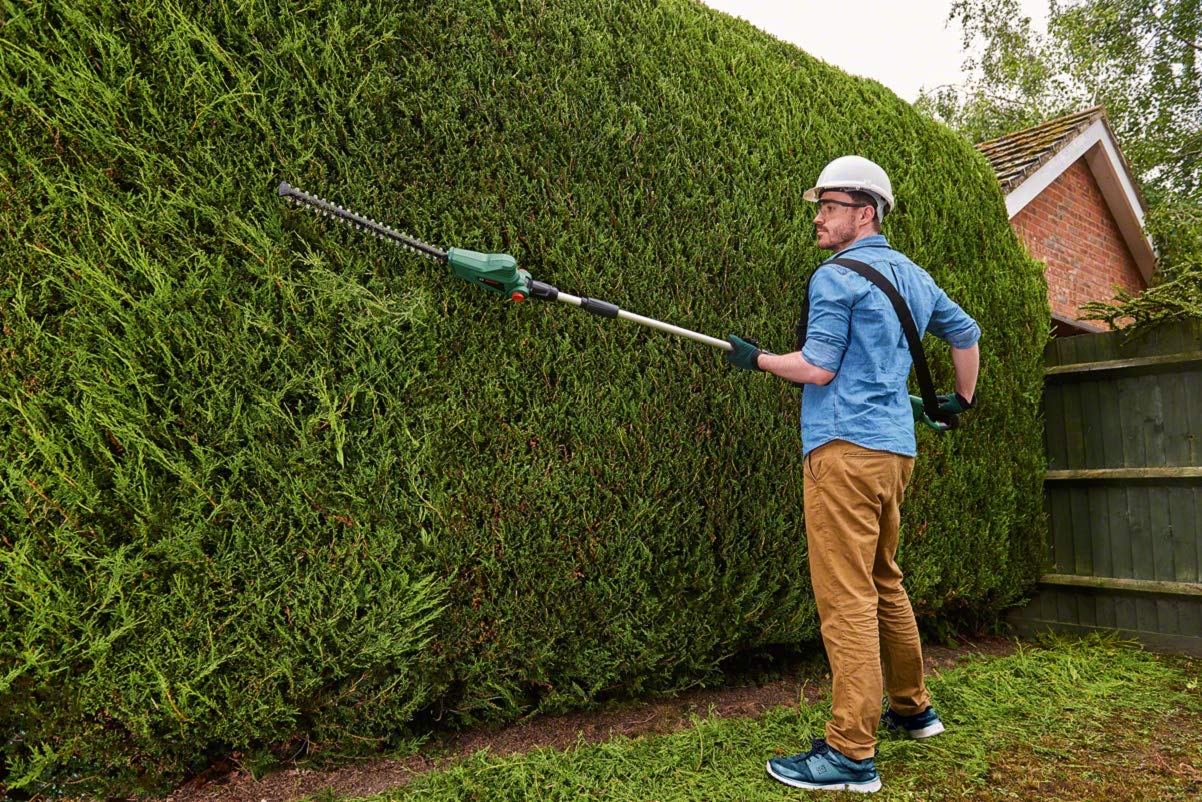Bosch UniversalHedgePole 18 Cordless Telescopic Hedgecutter with 18 V Lithium-Ion Battery