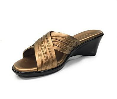 fc43fb7b0739 ITALIAN Shoemakers Women s Softy Wedge Sandal Bronze 10 ...