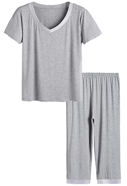33ad17791 Latuza Women s Sleepwear Tops with Capri Pants PJs 4X Light Gray ...