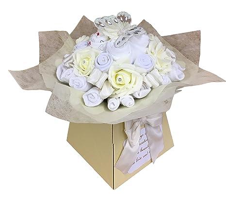 0b4186b4d Ramo de ropa de regalo unisex neutral para baby shower crema Talla 0 ...