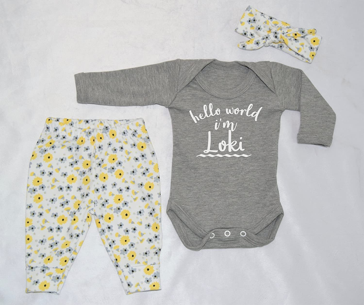Personalised Hello World I'm Name Baby Vest Pants and Headband Set Babygrow New Baby Gifts Newborn baby Gifts Personalised Babywear Hospital Outfit Newborn