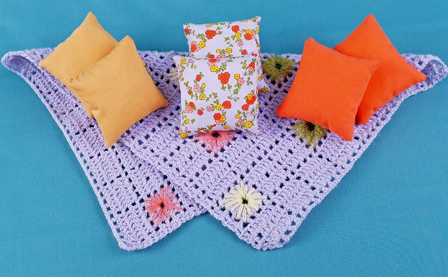 Pillows blanket set dollhouse miniature 1//6 Scale 1:6 play-scale 12 inch for Barbie Blythe coverlet miniature dolls accessories role-playing games