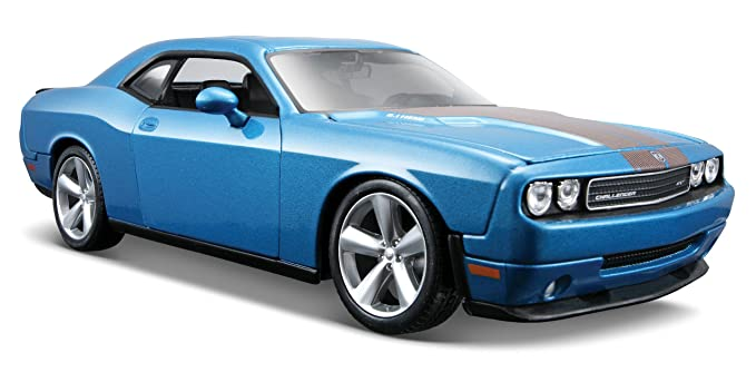 Amazon Com Maisto 1 24 Scale Metalic Blue 2008 Dodge Challenger