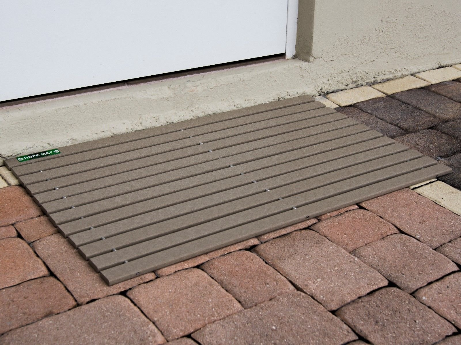 HDPE-MAT UV Resistant Heavy Duty Waterproof Front Door Mat | Stylish Handcrafted Recycled Plastic Poly Lumber Slats - Eco Friendly For Outdoor Entrance Patio Garage Entry