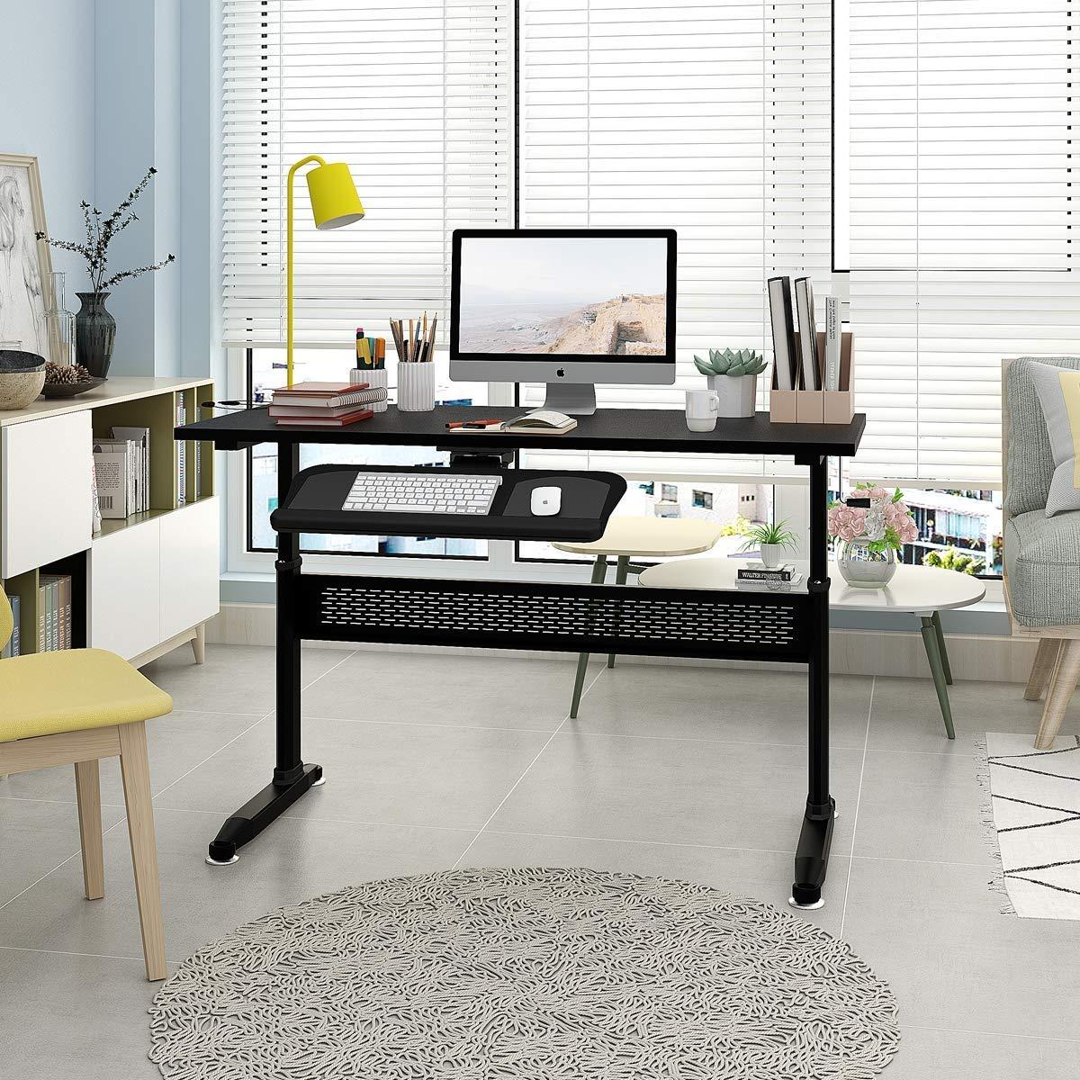 höhenverstellbarer-Schreibtisch-Arbeitszimmer-Computer