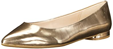 Nine West Women's Onlee Synthetic Pointy Toe Flat, Light Natural, ...