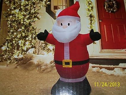 Amazon.com: Holiday 4 ft Tall airblown con luz LED Papá Noel ...