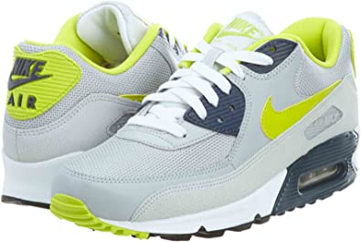 Espectacular ruido Labor  Amazon.com: Nike de los hombres Air Max 90 Essential – Zapatillas de  running, Gris: Sports & Outdoors