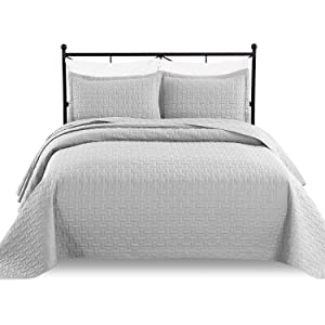 Luxe Bedding 3-piece Oversized Quilted Bedspread Coverlet Set, Light Gray, Fits Queen