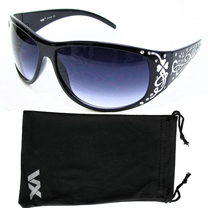 175a0241af887 Amazon.com  VOX Polarized Trendy Classic Womens Hot Fashion Sunglasses w FREE  Microfiber Pouch - Black Frame - Smoke Lens  Clothing