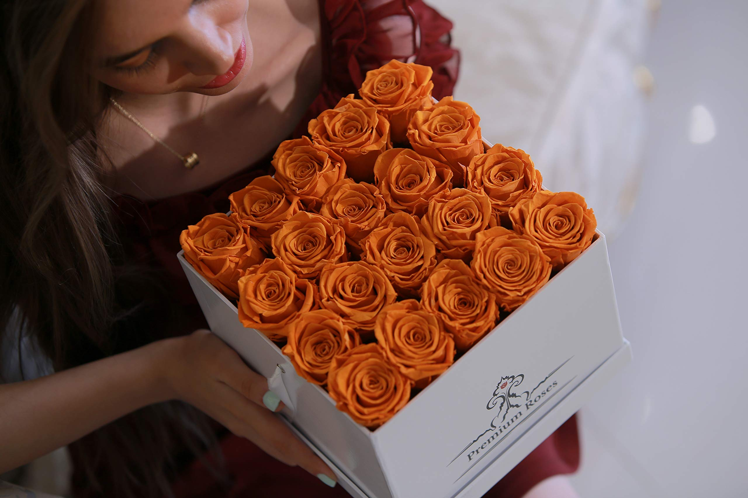 Premium Roses | Model Glossy| Real Roses That Last 365 Days | Fresh Flowers| Special Occasion, Holiday, Birthday Gift (Glossy White Box, Medium) by Premium Roses (Image #2)