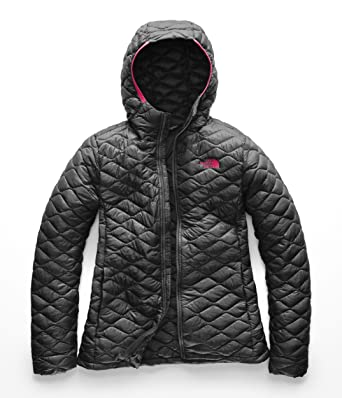 0ad935df3b12 Amazon.com  The North Face Women s Thermoball¿ Hoodie  Clothing