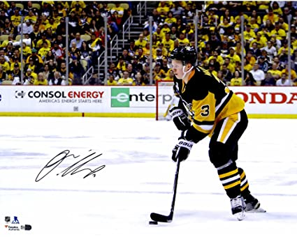 eaf13cac5 Olli Maatta Pittsburgh Penguins 2016 Stanley Cup Champions ...