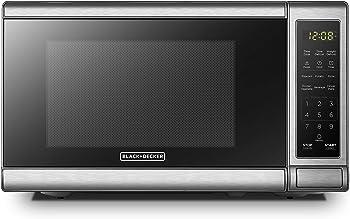 BLACK+DECKER EM720CB7 Compact Microwave