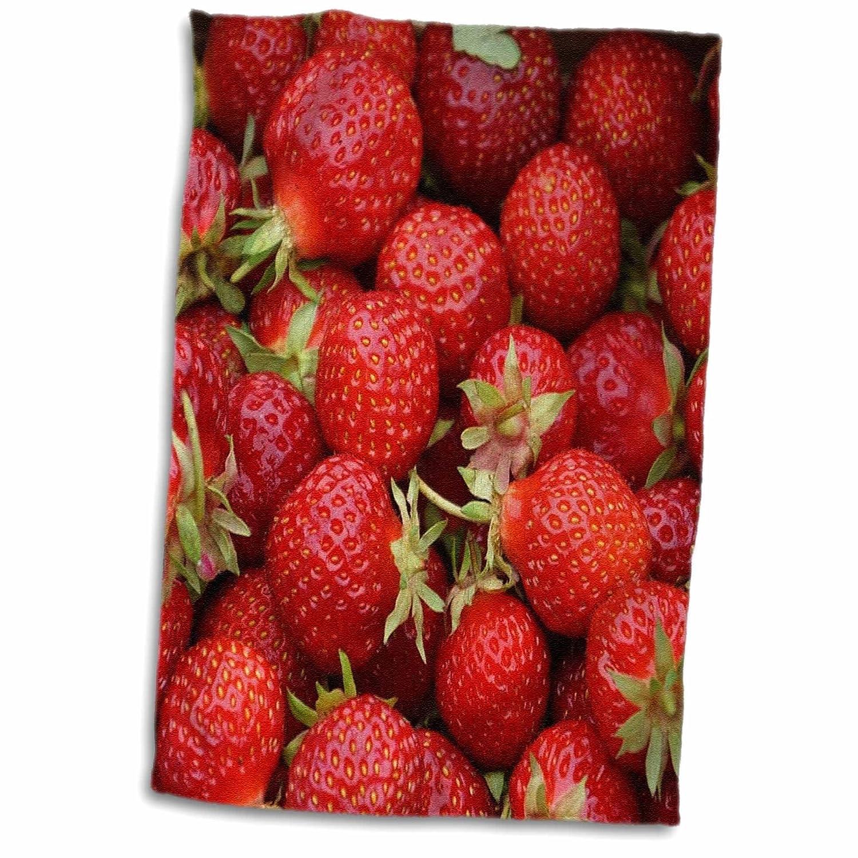 3D Rose Print of Closeup of Fresh Ripe Strawberries TWL_194652_1 Towel 15' x 22' Multicolor