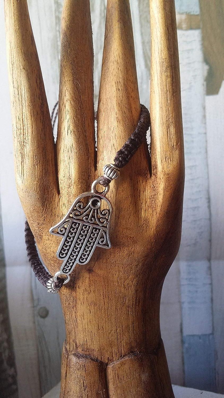 macrame regalo de navidad Pulseramano de Fatima handmade hecha a mano